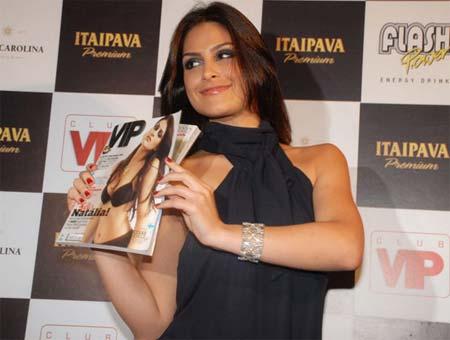 Natália Guimarães no lançamento da Revista VIP