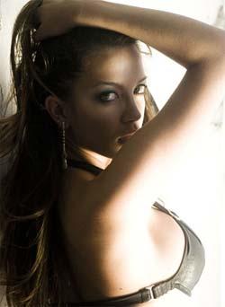 Foto sensual de Lidia Barbieri para o site eh Gata