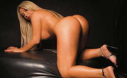 Foto de Cléo Cadilac na revista Sexy