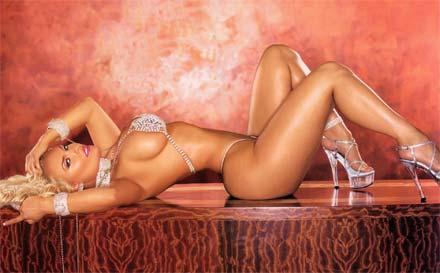 Fotos sensuais de Nicole Coco Austin