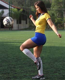 Nana Gouvea em Clima de Copa do Mundo