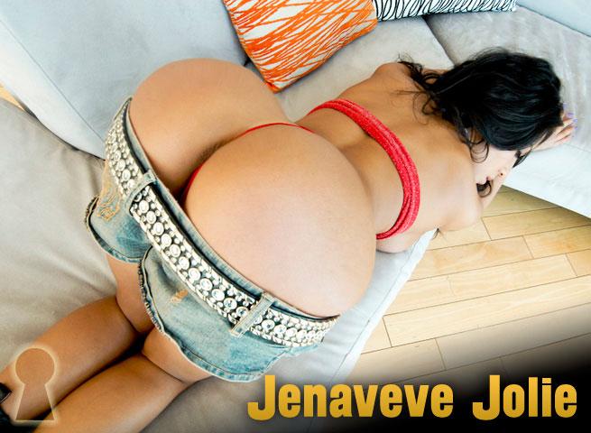 Jenaveve-Jolie