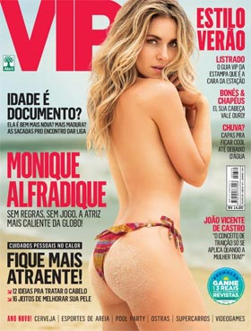 A atriz Monique Alfradique na capa da Revista VIP